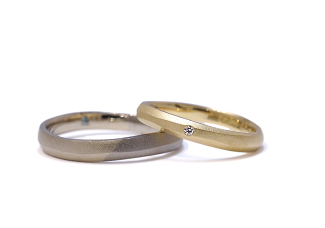 I様 (YG/グレー/シャンパン 素朴な雰囲気と素材感を楽しむ結婚指輪)